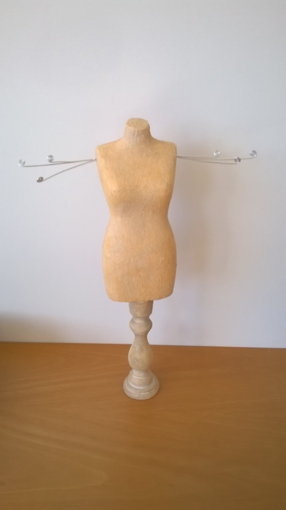Mannequin Porte Bijoux