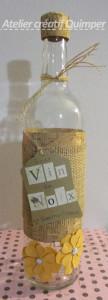 Bouteille décorée pour mon vin de noix