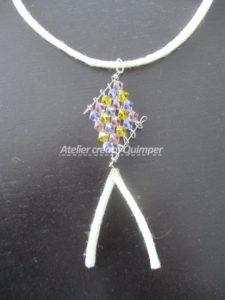 Pendentif Losange avec des perles